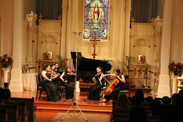 Ensemble Ari in performance (Photo courtesy of Ryan Kim)