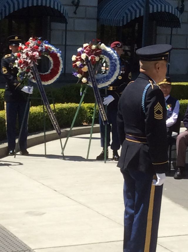 U.S. Army Honor Guard presents ceremonial wreaths