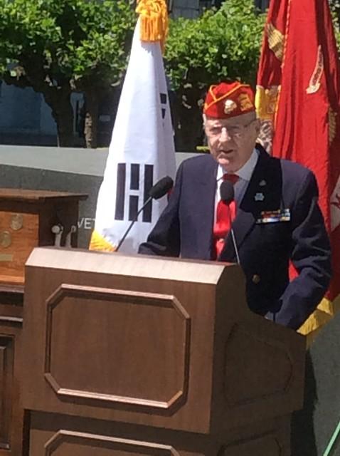 photo of Don Reid speaking