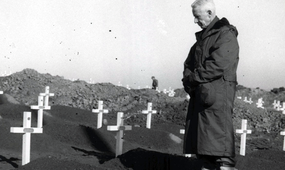 Major General O.P. Smith, USMC, 1st Marine Division Cemetery, Hungnam, 1950